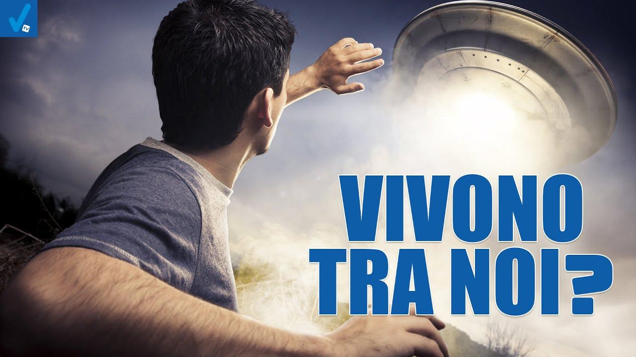 Vivono-tra-noi-Dietro-il-Sipario-Talk-Show